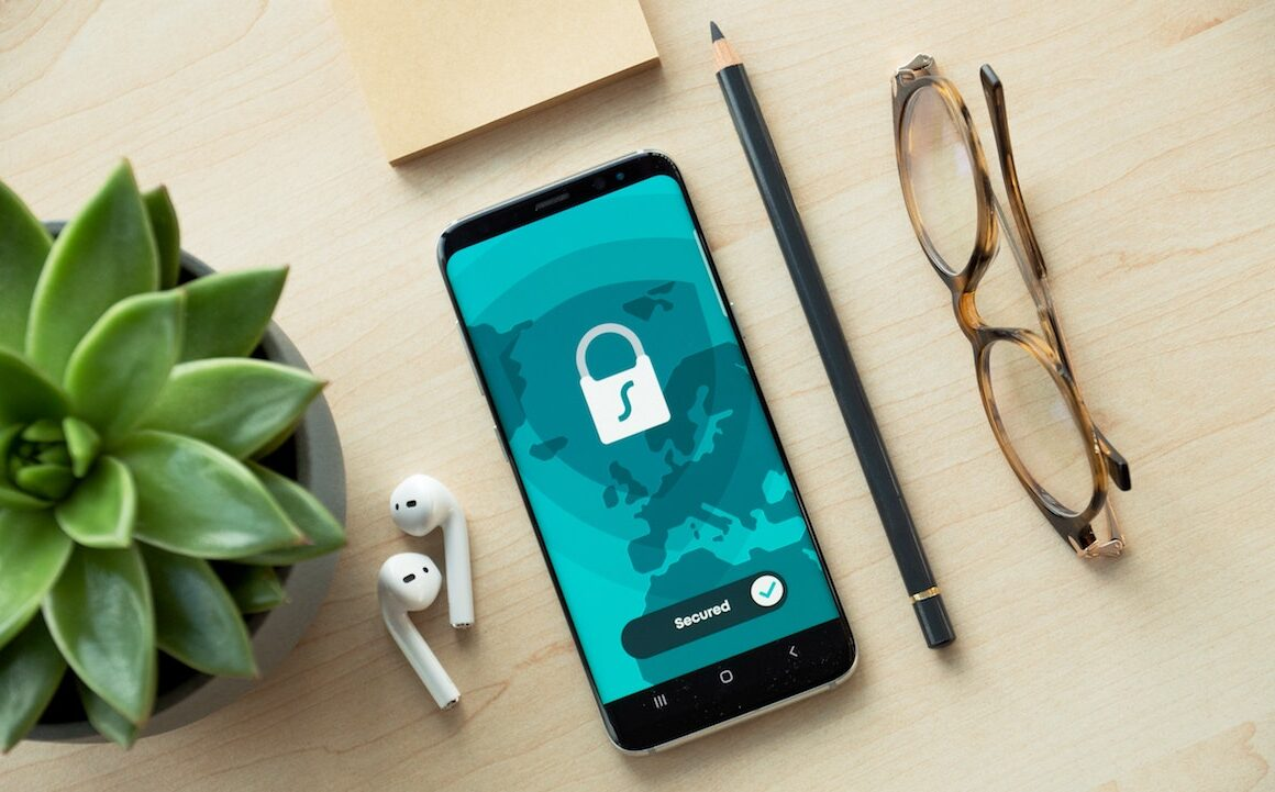 8 Myths About Mobile Security