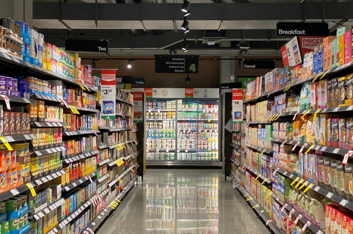 Tips on Reducing Your Grocery Store Bill